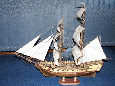 Вот и готовая модель корабля!